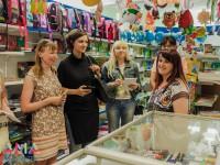 28 мая участницы проекта «Мама-предприниматель» посетили с бизнес-визитами полиграфическую компанию «Позитив», магазин товаров для школы и офиса «Канцеляр» и чайную лавку «5 o.clock»